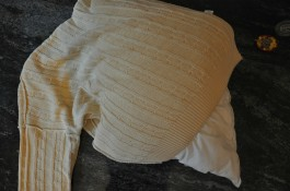1: revers your sweater, insert the pillow and measure it.